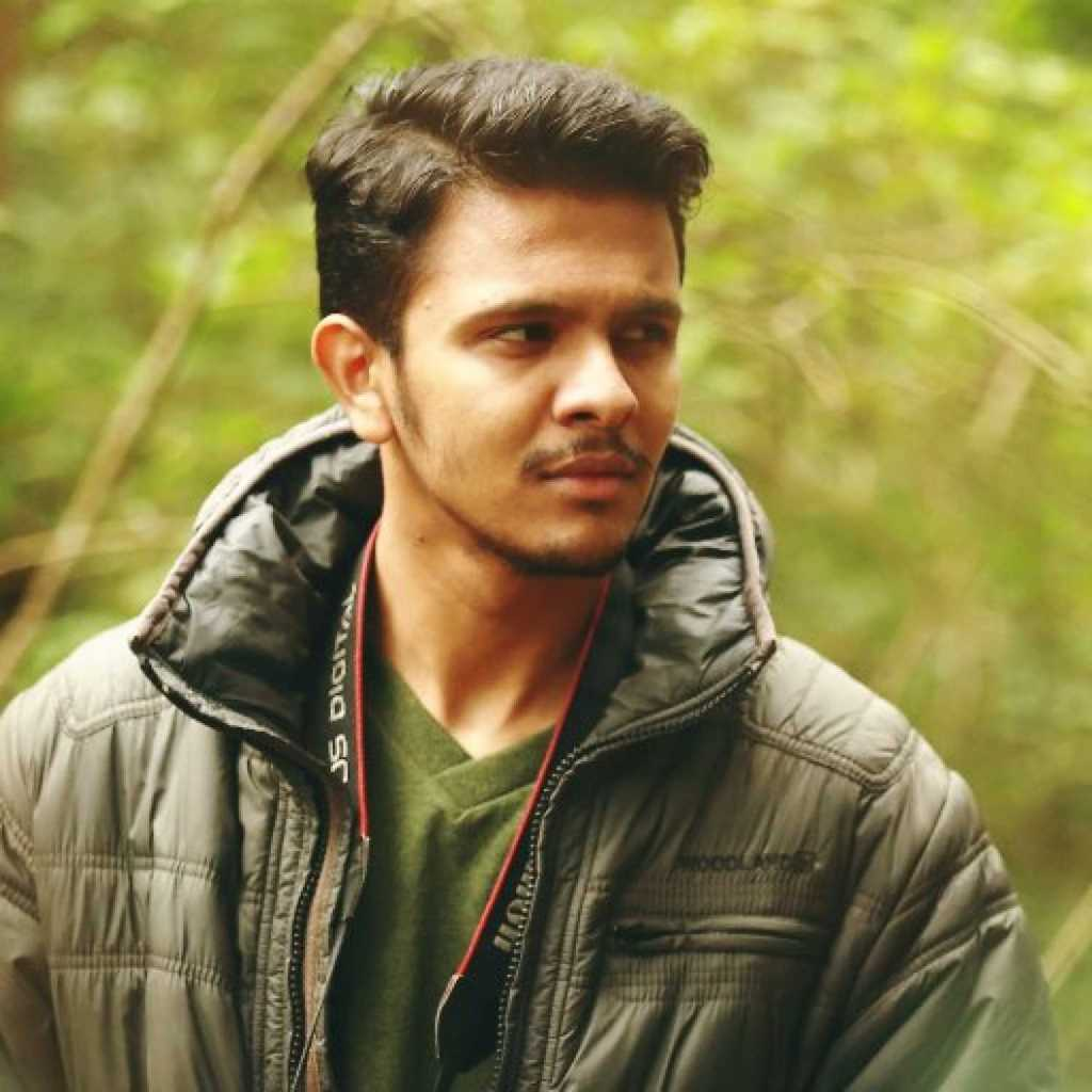 Karthick Naren Wiki, Age, Family, Movies, HD Photos, Biography, and More 2