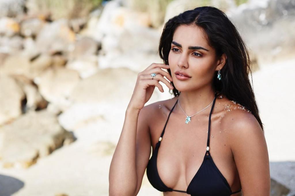 37+ Glamorous Photos of Nathalia Kaur 33