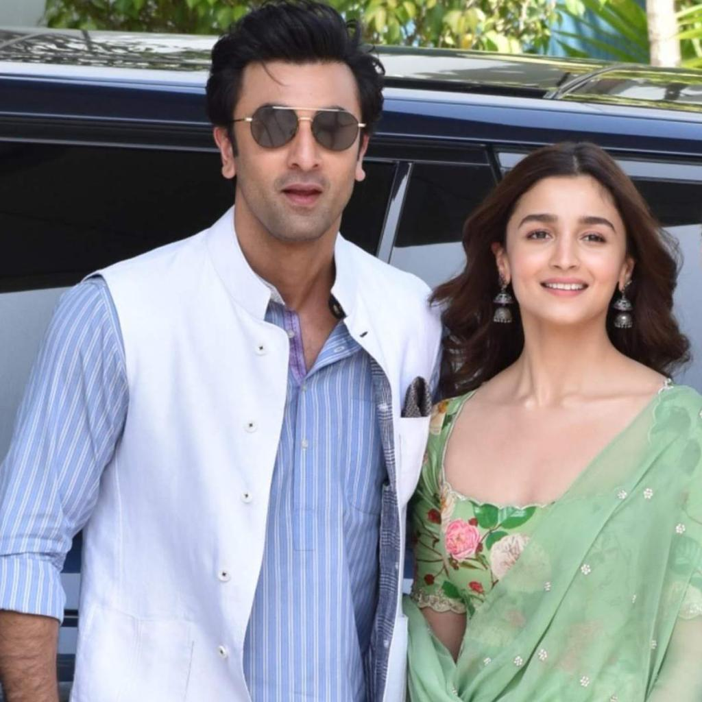 Ranbir Kapoor Wiki, Age, Family, Movies, HD Photos, Biography, and More 89