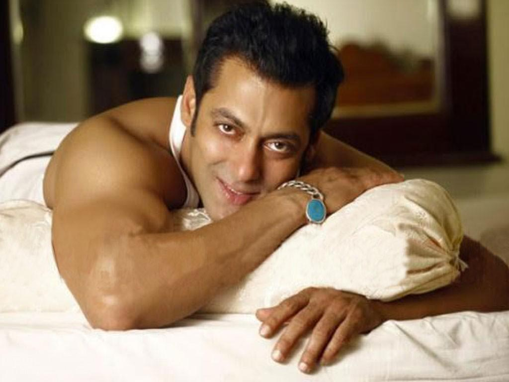 Salman Khan Wiki, Age, Family, Movies, HD Photos, Biography, and More 12