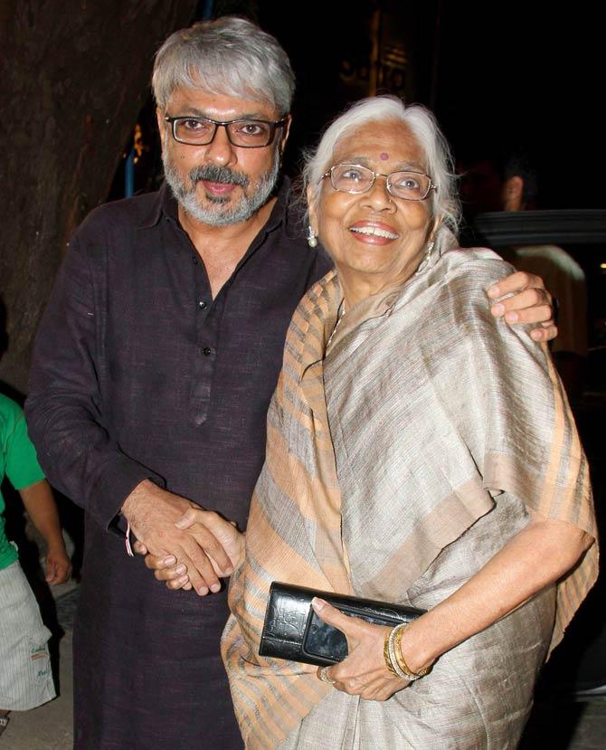 Sanjay Leela Bhansali Wiki, Age, Family, Movies, HD Photos, Biography, and More 92