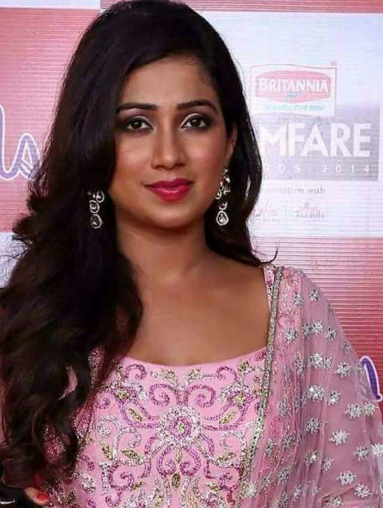 Shreya Ghoshal Wiki, Age, Family, Movies, HD Photos, Biography, and More 97