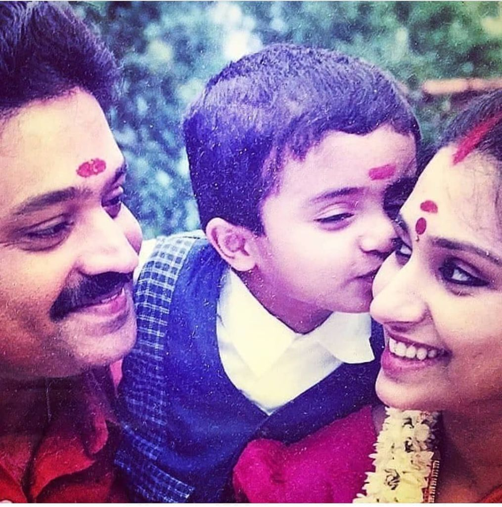 Suresh Gopi Wiki, Age, Family, Movies, HD Photos, Biography, and More 3
