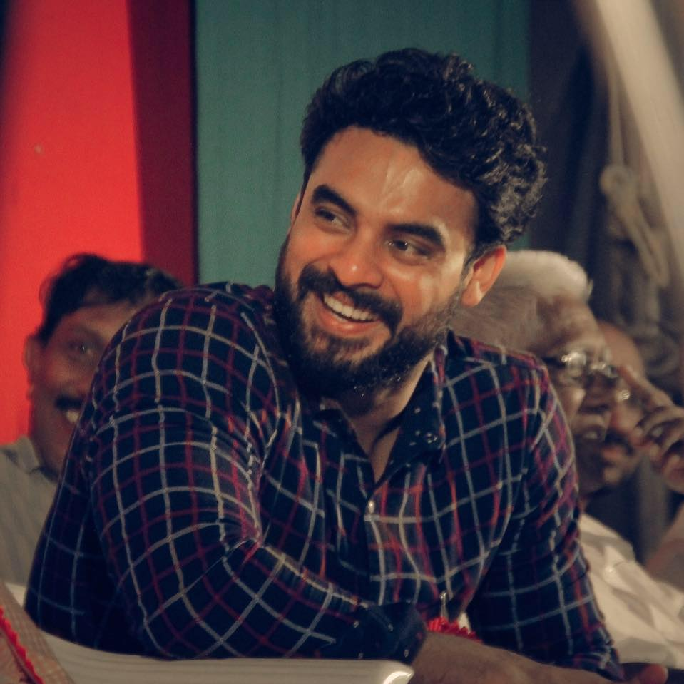 Tovino Thomas Wiki, Age, Family, Movies, HD Photos, Biography, and More 6