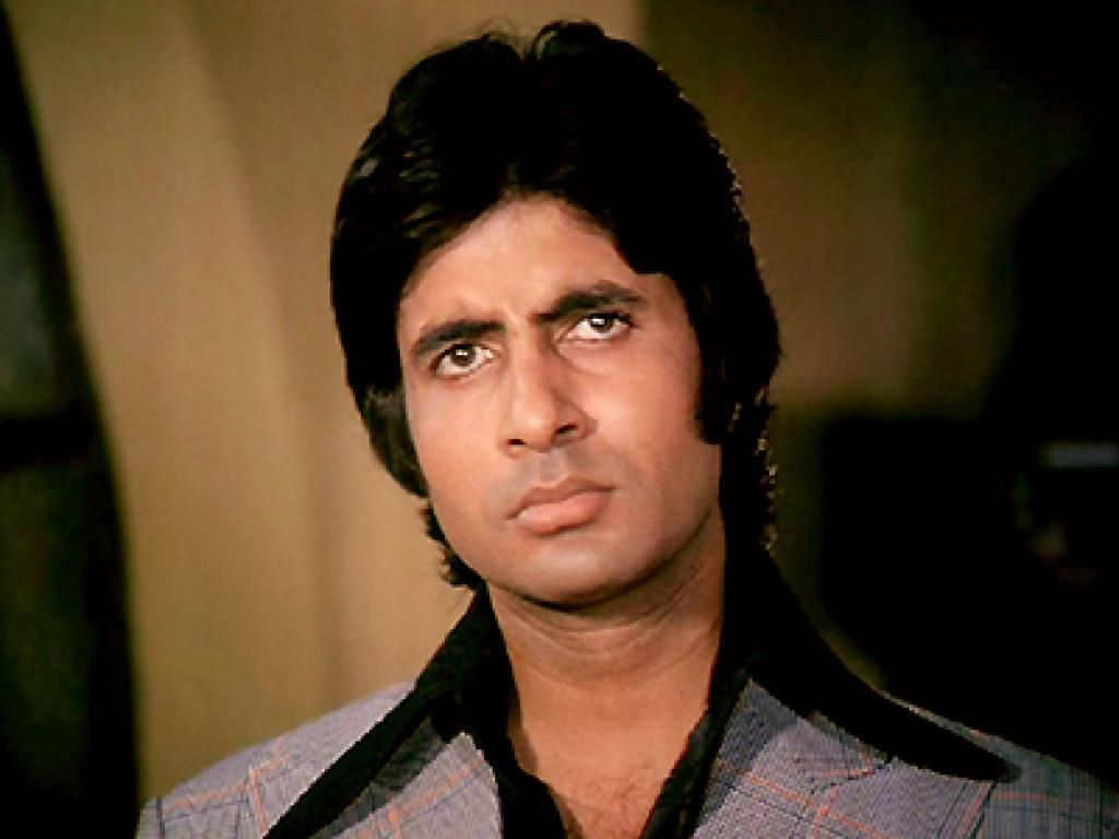 Amitabh Bachchan Wiki, Age, Family, Movies, HD Photos, Biography, and More 8