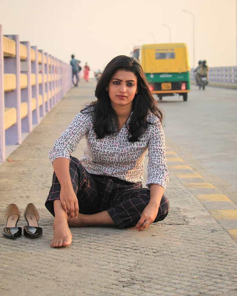 Aishwarya Rai's doppelganger, Kerala Tik Tok Star Amrutha Saju Gorgeous Photos 47