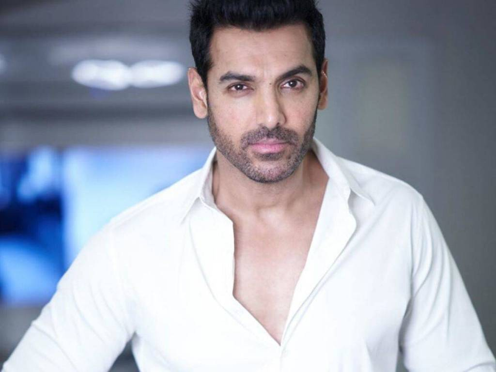 John Abraham Wiki, Age, Family, Movies, HD Photos, Biography, and More 15