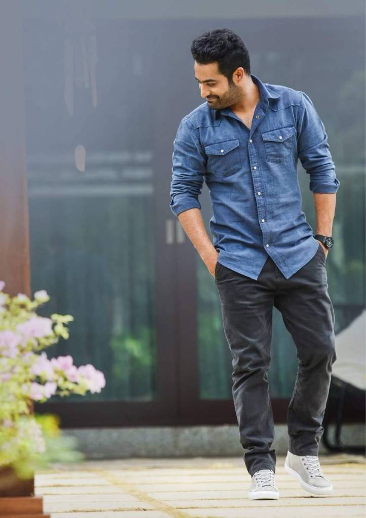Jr NTR (Nandamuri Taraka Rama Rao) Wiki, Age, Family, Movies, HD Photos, Biography, and More 10