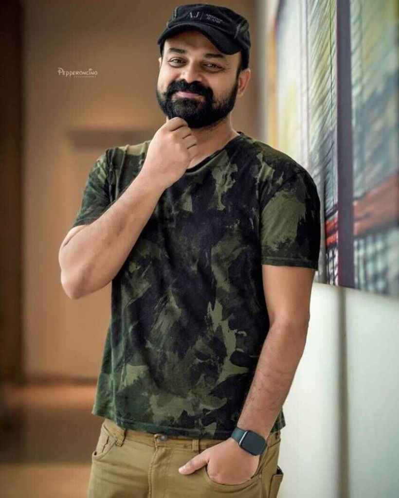Kunchacko Boban Wiki, Age, Family, Movies, HD Photos, Biography, and More 9