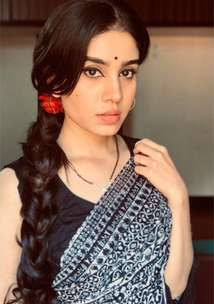45+ Gorgeous Photos of Miss South India Lakshmi Menon 29