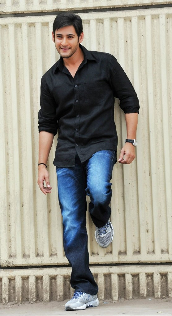 Mahesh Babu Wiki, Age, Family, Movies, HD Photos, Biography, and More 4