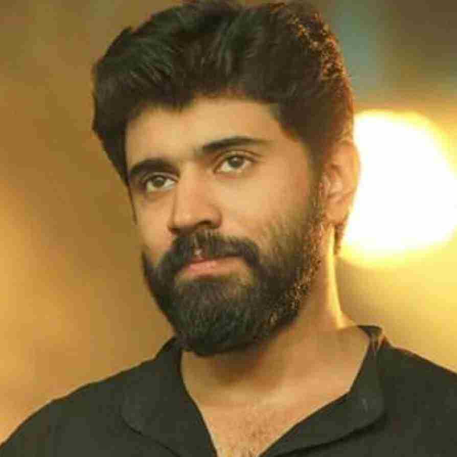 Nivin Pauly Wiki, Age, Family, Movies, HD Photos, Biography, and More 9