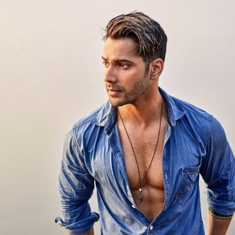 Varun Dhawan Wiki, Age, Family, Movies, HD Photos, Biography, and More 92