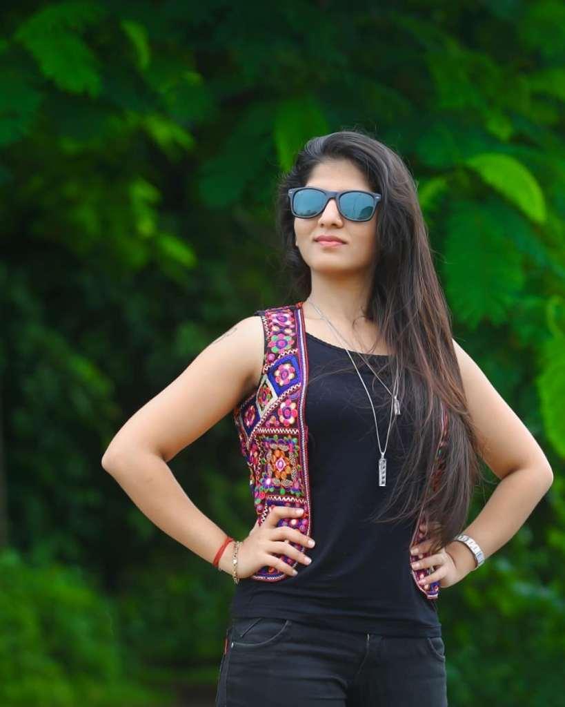 42+ Gorgeous Photos of Aswathy S Nair 33