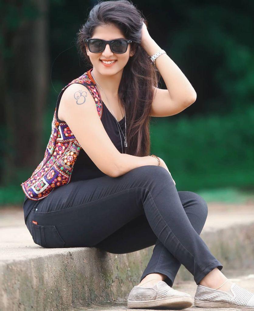 42+ Gorgeous Photos of Aswathy S Nair 41