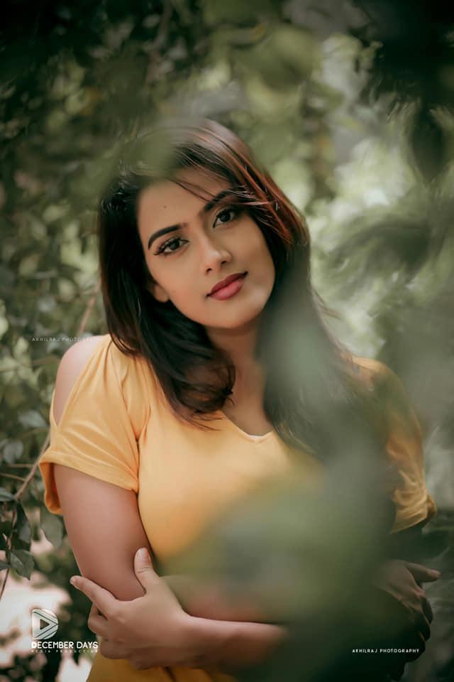 Dayyana Hameed 27+ Beautiful Photos, Wiki, Age, Biography, and Movies 97