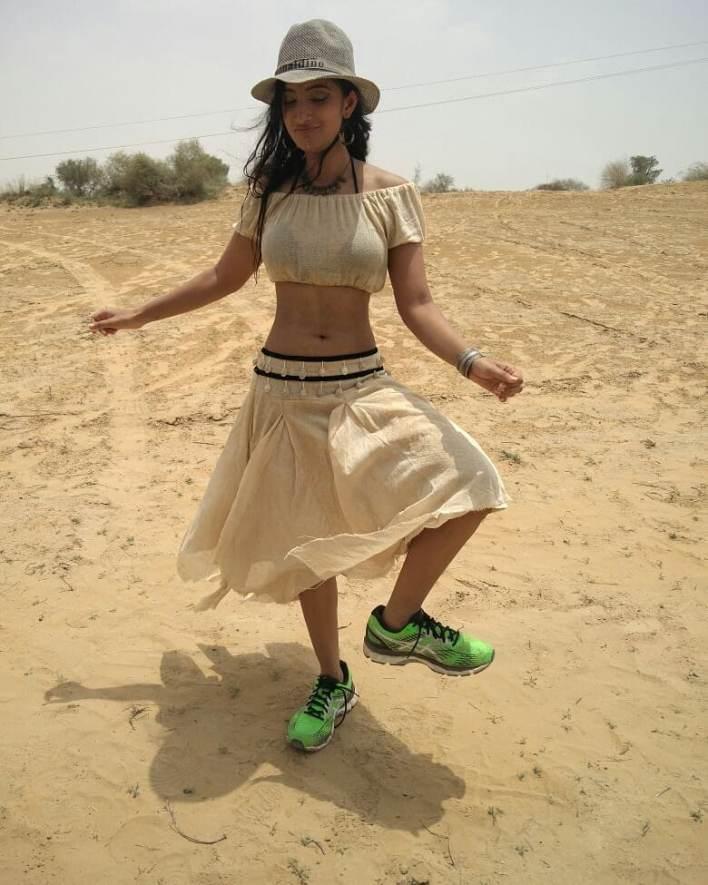 27+ Gorgeous Photos of Melissa Raju Thomas 17