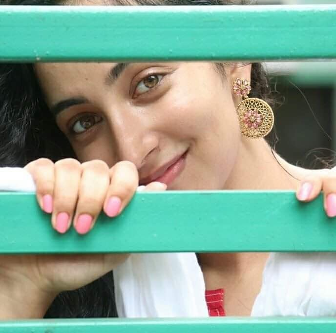27+ Gorgeous Photos of Melissa Raju Thomas 9