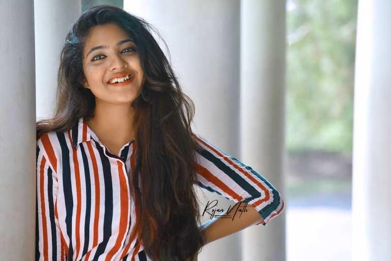 21+ Lovely Photos of Nandana Varma 13