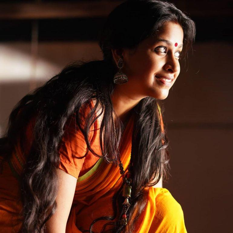 Sadhika Venugopal 39+ Beautiful Photos, Wiki, Age, Biography, and Movies 66