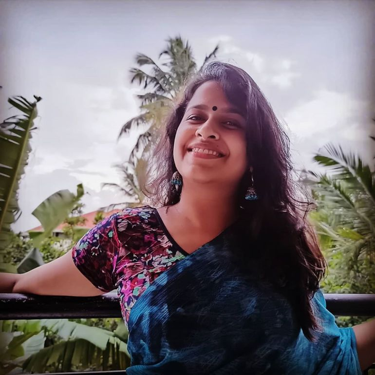 Sadhika Venugopal 39+ Beautiful Photos, Wiki, Age, Biography, and Movies 71