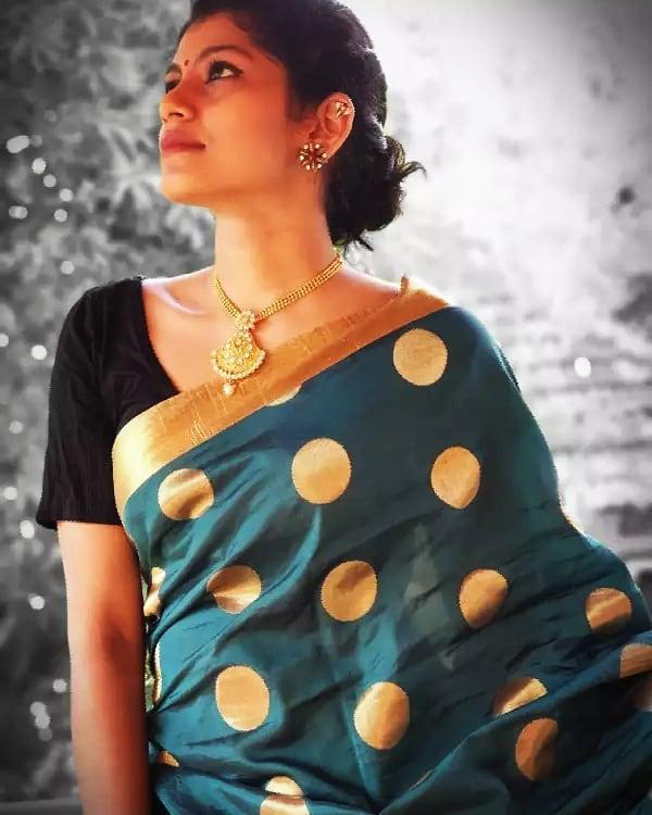 Shruthi Rajanikanth (Sruthi Rajanikanth) Wiki, Age, Biography, Movies, Serial and Beautiful Photos 92