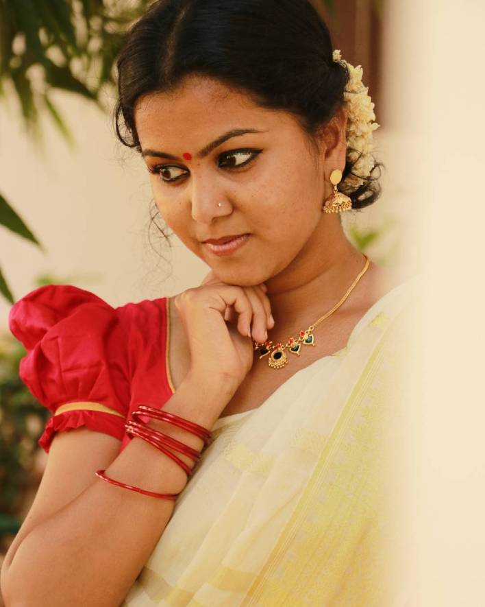 Sruthy Suresh Wiki, Age, Biography, web series and 30+ Beautiful Photos 29