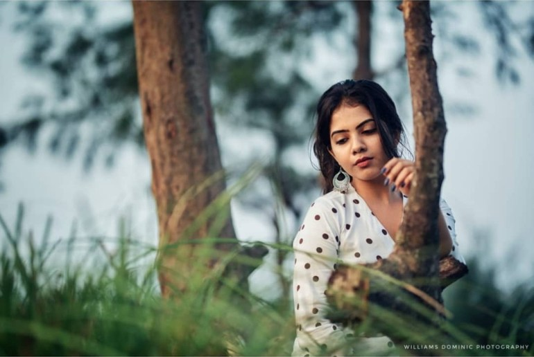 Vidhya Vijayakumar Stunning Photos, Biography, Wiki, Husband, Family, Instagram 14