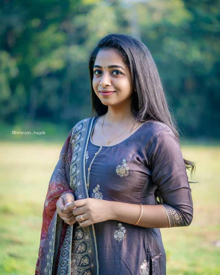 Sneha Babu Wiki, Biography, Age, Boyfriend, Movies, webseries and Beautiful Photos 7