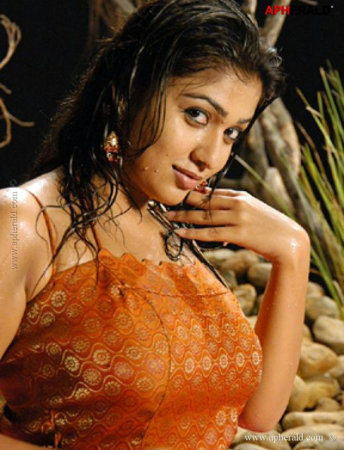 Check These Unseen photos of Nayanthara, you will be amazed 10