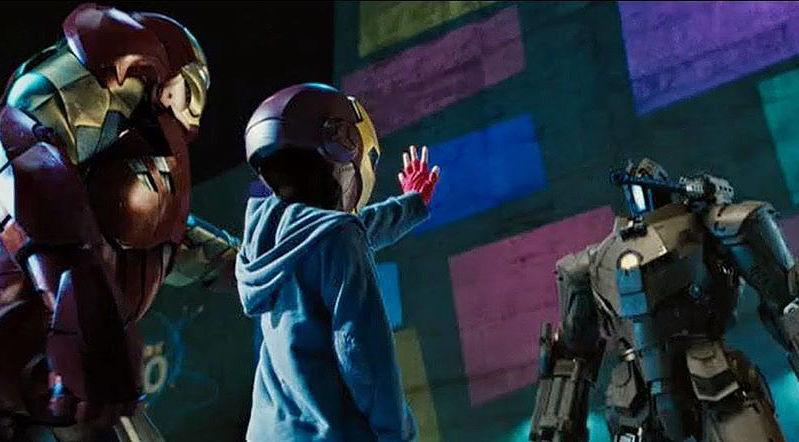 Risultati immagini per peter parker Iron Man 2