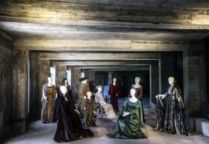 Ανανέωση της Μόνιμης Έκθεσης Κοστουμιών  «Ίχνη του εφήμερου»  Βασιλικό Θέατρο
