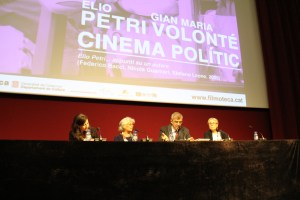 Paola Pegoraro Petri, Paola Pascolini i Antonia Naïm presenten el cicle a la Filmoteca. Les acompanya a la taula Este Riambau, director de la Filmoteca.