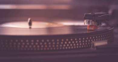 score vinyl