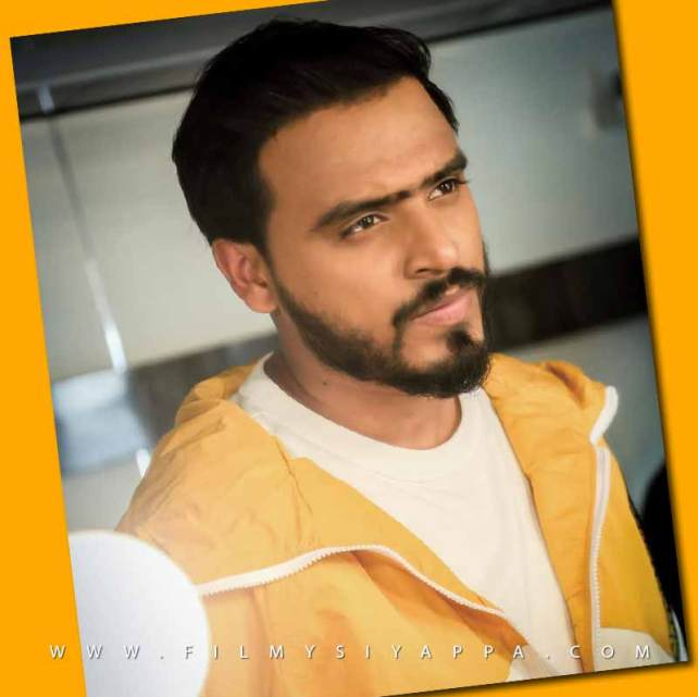 Amit Bhadana Income