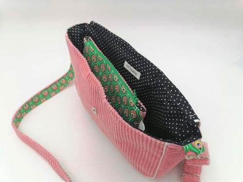 Sac besace Paon Vert et rose besace ouverte