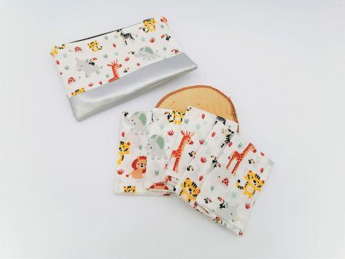 Mouchoirs en tissu enfant jungle avec leur pochette zippée