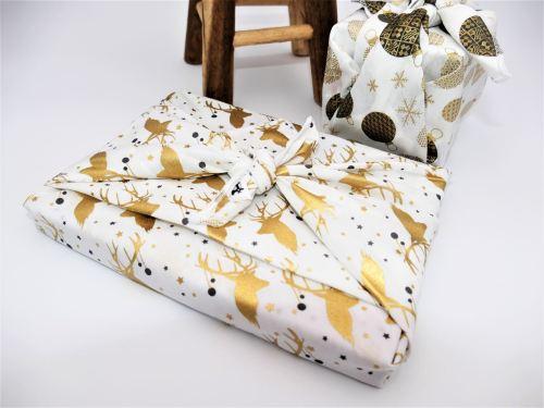 Furoshiki paquet cadeau tissu Fil'Otablo rennes dorés fond blanc
