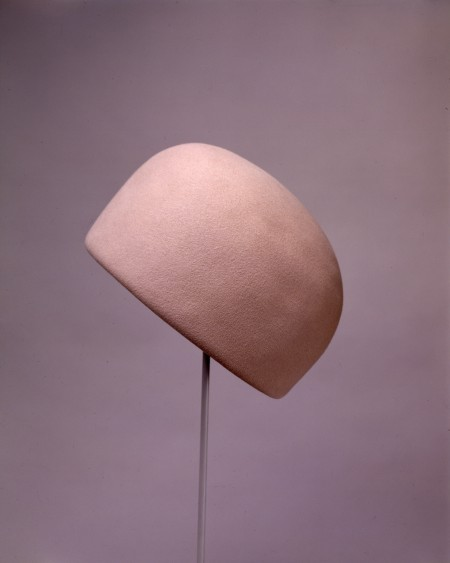 Halston, for Bergdorf Goodman, Pillbox Hat, early 1960s, © The John F. Kennedy Library Foundation