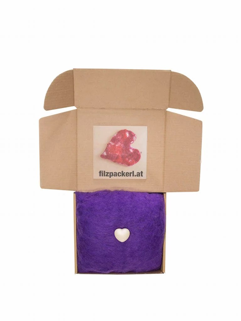 Schafwolle, violett 250 g
