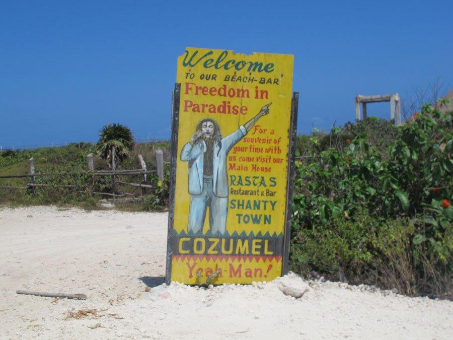 Freedom In Paradise, Reggae Beach Bar