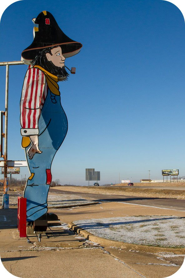 Giants on Route 66: Giant Hillbilly!