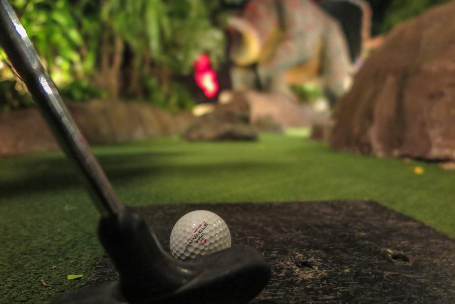 dino_miniature_golf_karon_thiland5