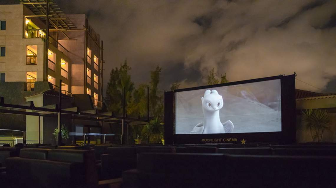 Outdoor cinema in Gran Canaria How too train your dragon-hidden world