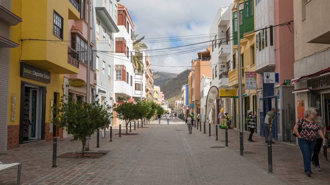 Take a walk in San Sebastian de La Gomera
