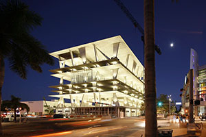 The $65 million 1111 Lincoln Road parking ramp in Miami Beach, Fla., offers retail stores on the street and on other select floors. The architect was Herzog & de Meuron, the Swiss team that designed the Walker Art Museum's addition in Minneapolis. (Submitted photo)