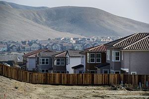 New homes stand at the Shapell Industries Inc. Gale Ranch community in San Ramon, Calif., on Friday, Jan. 24. (Bloomberg News: David Paul Morris)