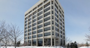 The Waterview Office Tower, formerly owned by Blue Cross and Blue Shield of Minnesota, has sat vacant for at least three years at 1200 Yankee Doodle Road in Eagan. (Staff photo: Bill Klotz)