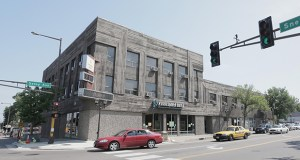 Ryan Cos. US Inc. will raze the Associated Bank building at 1561 Selby Ave. in St. Paul for its 210-unit Vintage on Selby project, which will offer a Whole Foods market on the ground floor. (File photo: Bill Klotz)