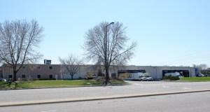 St. Paul-based Hunt Electric Corp. will move into the office and distribution building at 7900 Chicago Ave. S. in Bloomington in the first quarter of 2015. (Submitted photo: CoStar Group)